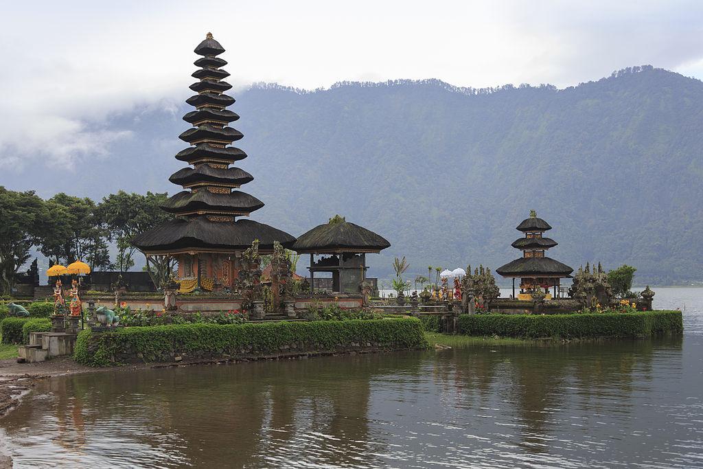 Bali Indonesia Ulun Danu Beratan Temple