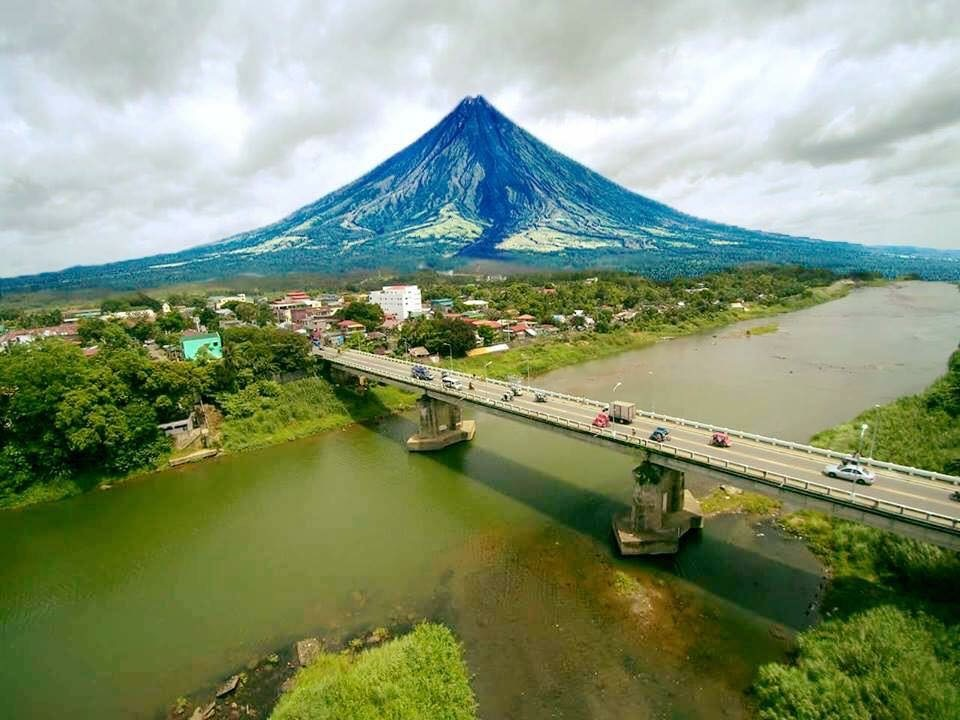 Mayon Volcano Philippines best places to visit in the Philippines