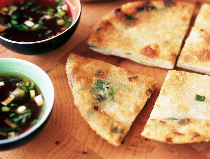 Scallion and radish pancake Must Try Food Taiwan Best Food in Taiwan